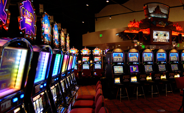 can you play casino games online
